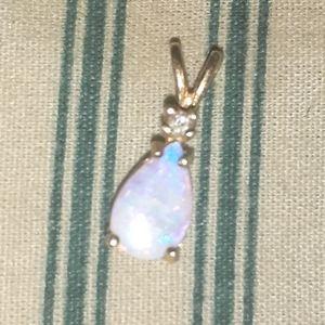 14kt Opal Pendant